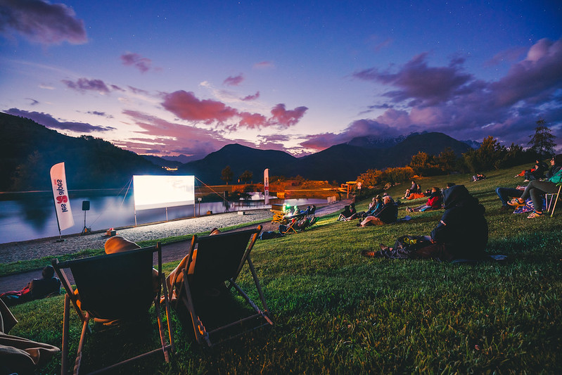 cinema-plein-air-les-2-alpes - © OT2Alpes Luka Leroy