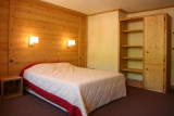LE CORTINA N°21 Bedroom