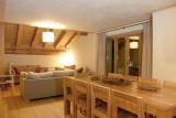 LE CORTINA N°51 Living room