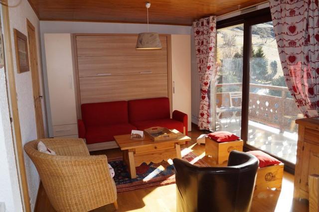 L'EPERON 3 N°41 Livingroom