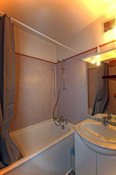 LA CROISETTE N°117 Salle de bain