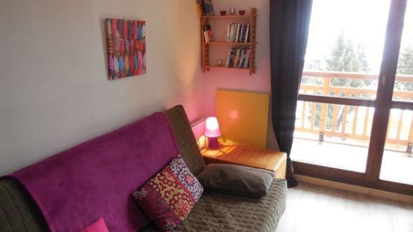 LE PLUTON A05 Living room